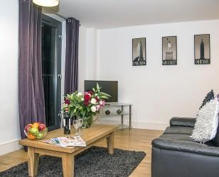 Cumberland St - Living Room