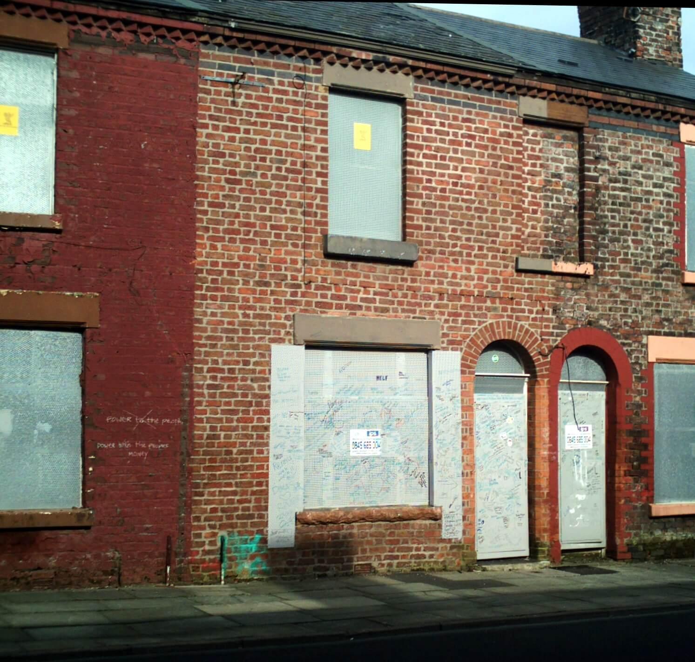 9_Madryn_Street,_Liverpool,_2012
