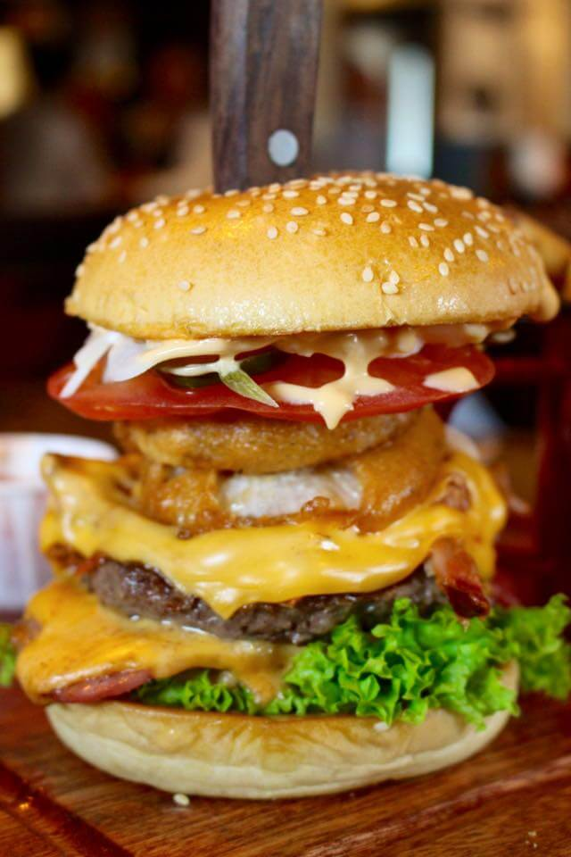 hickorys xxl burger