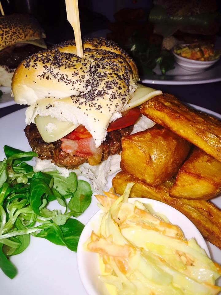 moon & pea burger