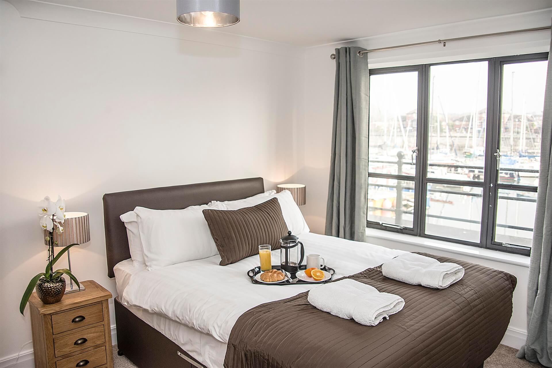 Bedroom 2.1 (Ensuite) (Custom)