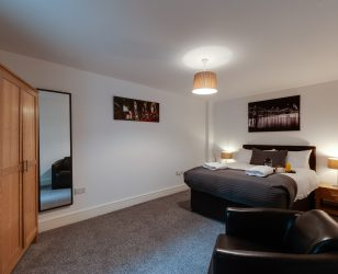 spacious bedroom cumberland street apartments liverpool