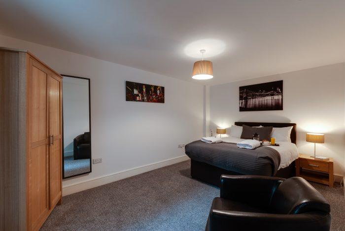spacious bedroom cumberland street apartments liverpool