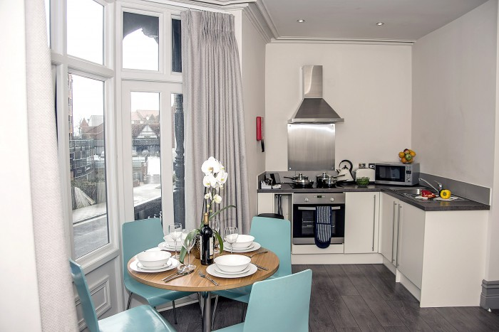 Chester Flat  - Dining Area & Kitchen