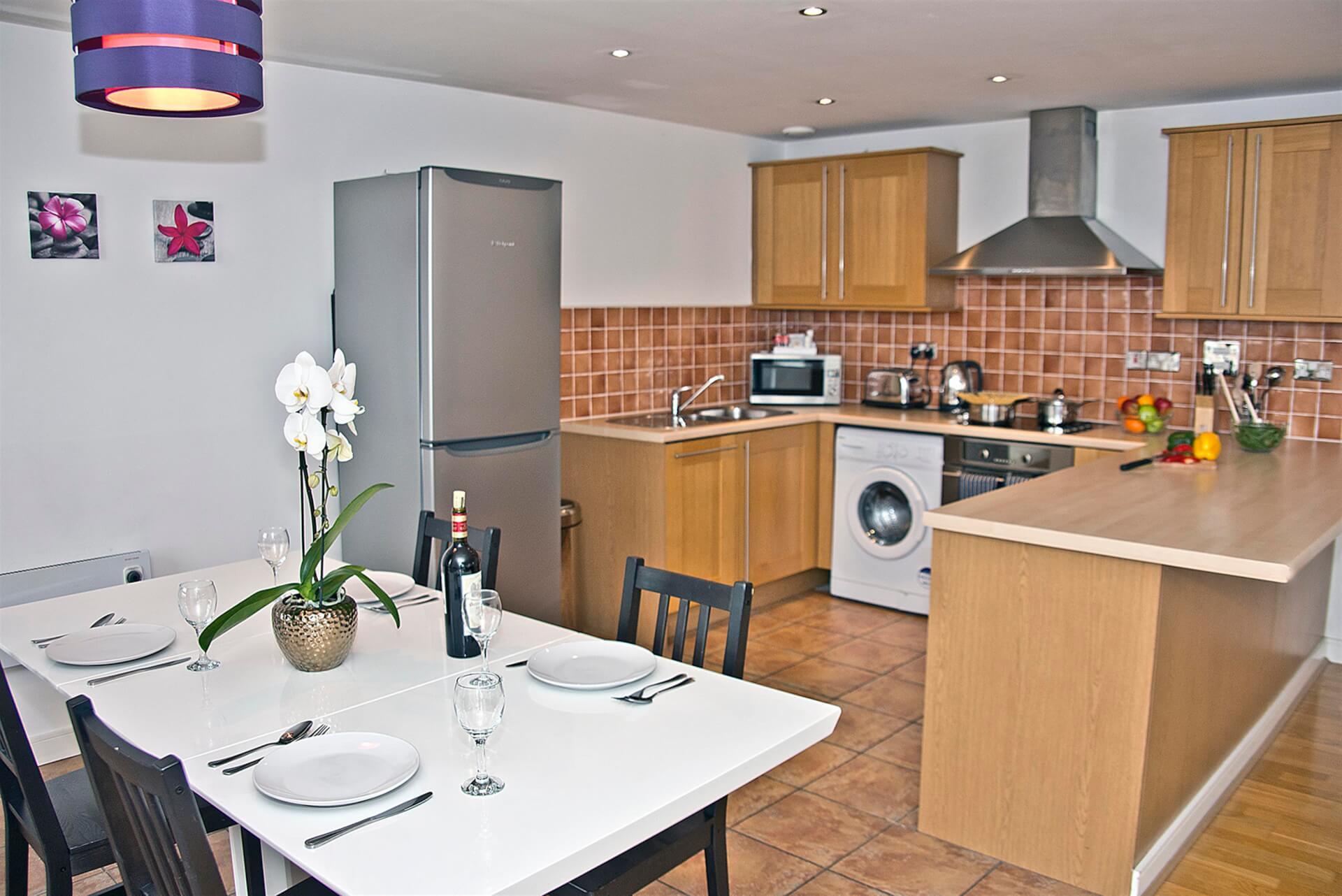 Kitchen 2 (Custom)