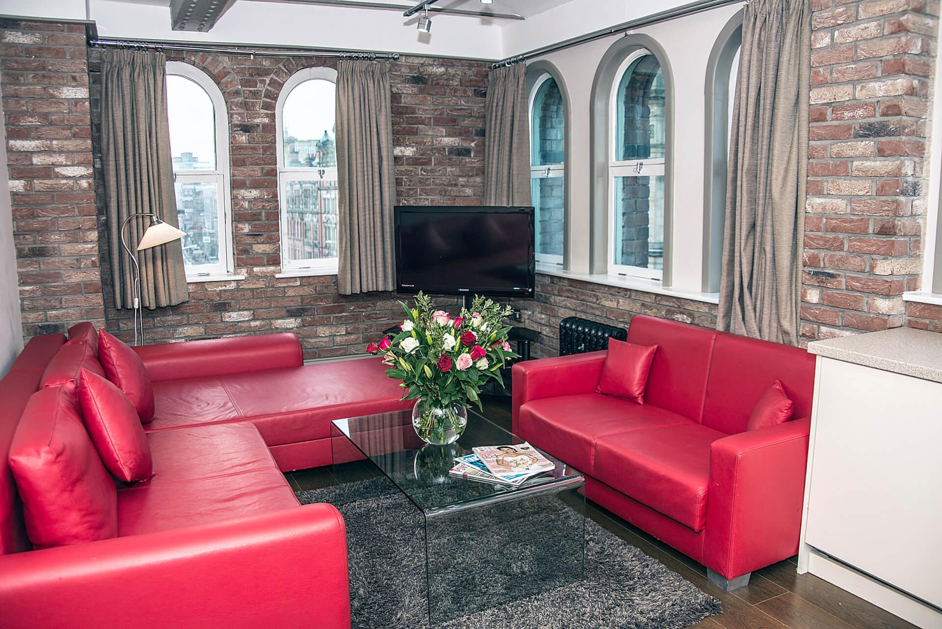 Sir Thomas St - Living Room