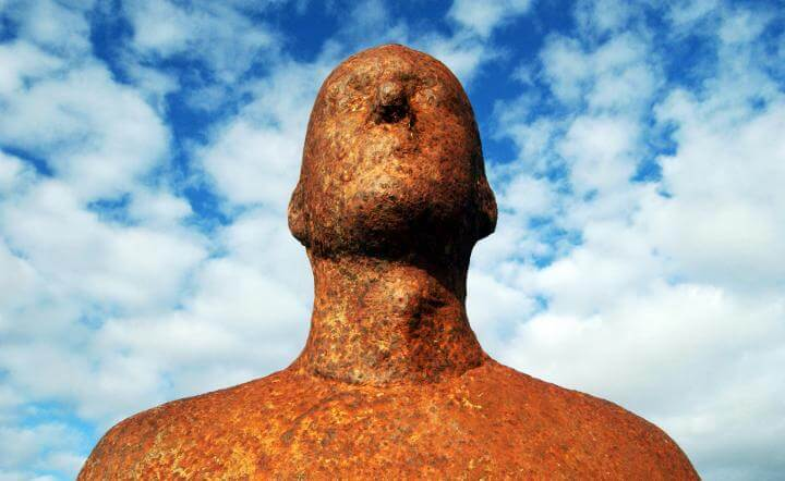 antony-gormley-figure-©-adam-akins1-720x442