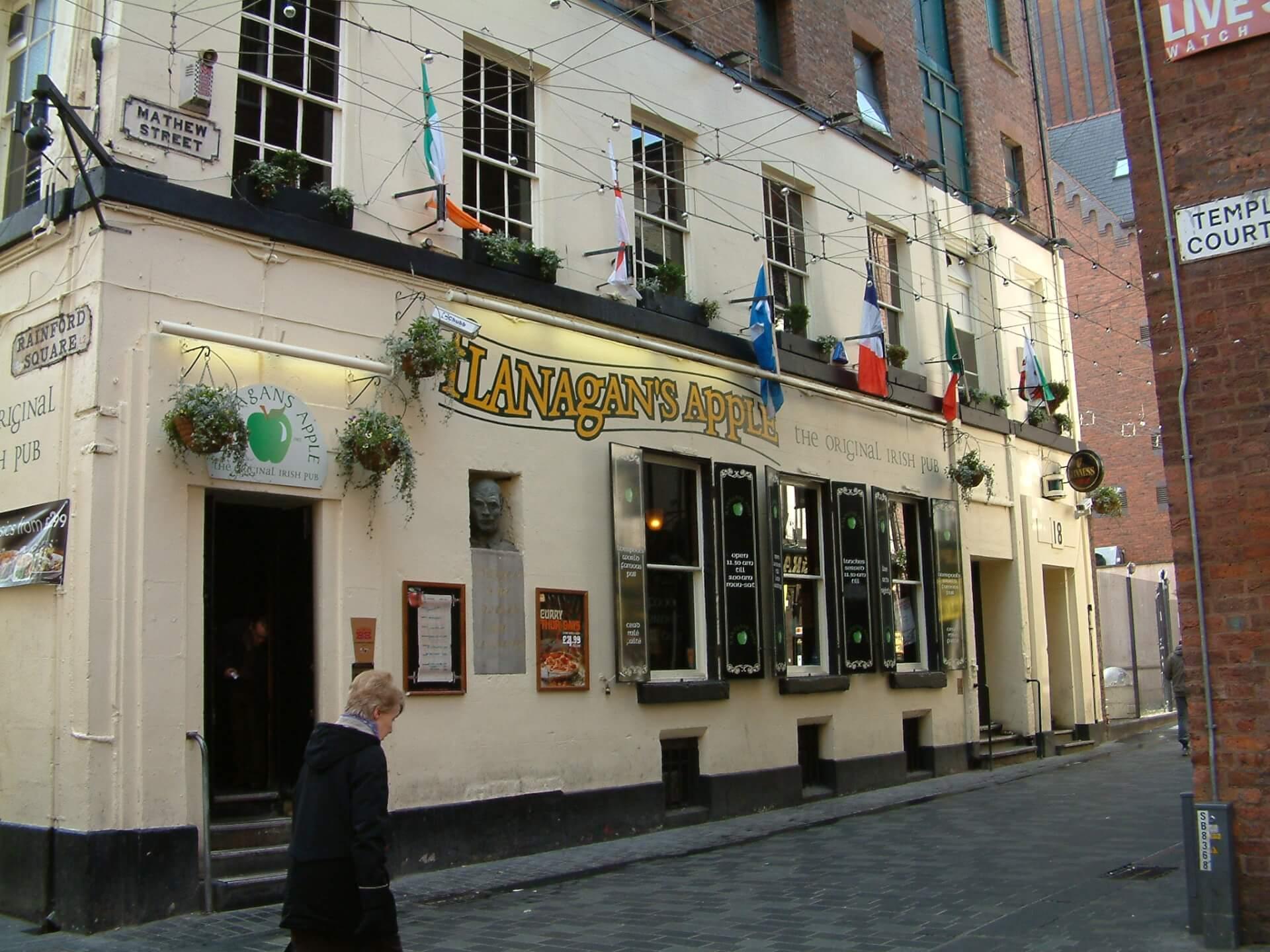 Flanagan's Apple Liverpool Matthew Street