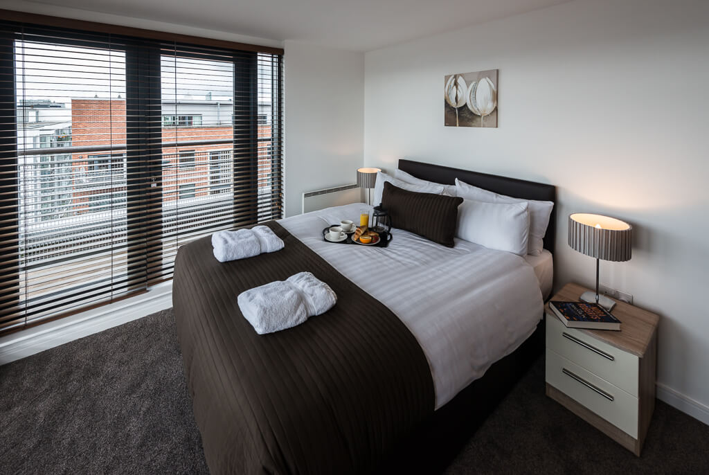 Bedroom apartment in Liverpool base serviced apartments