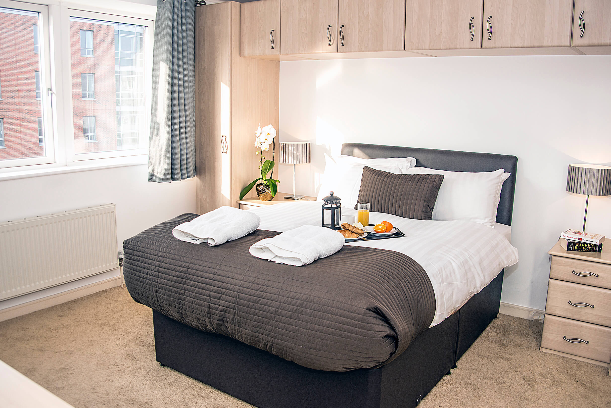 Albert Dock apartment liverpool base serviced apartments